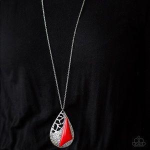 Impressive edge red necklace